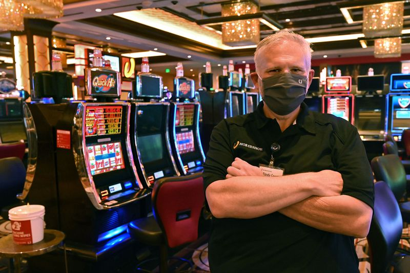 Seven Approaches Of Online Casino That May Push You Bankrupt