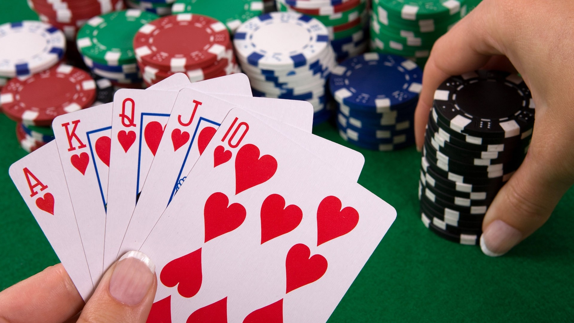 Vital Pieces Of Poker