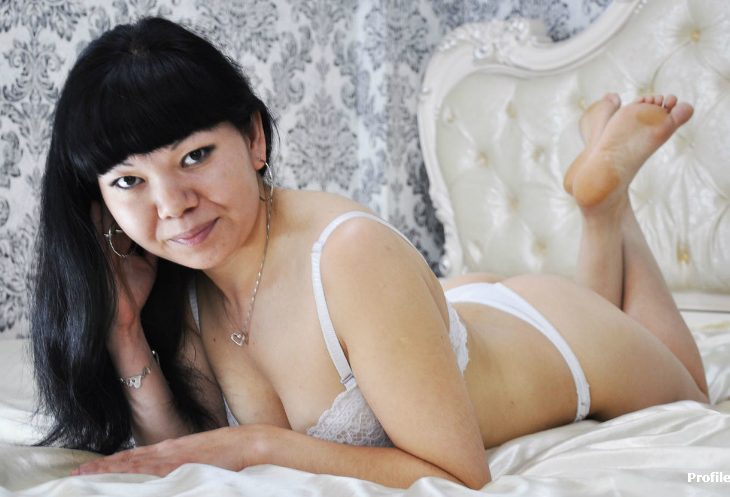 An Overview To Finest Mother Webcams Sex
